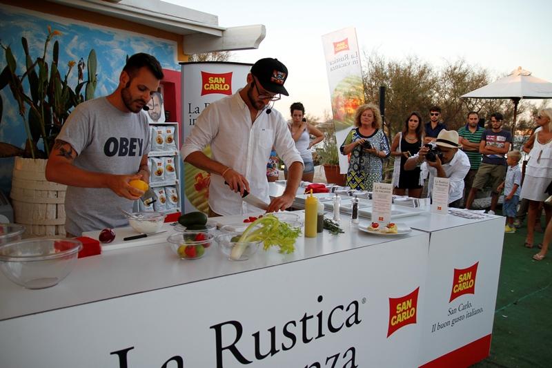 La Rustica San Carlo diventa protagonista di gustosi aperitivi all'italiana con Chiara Maci e Gnam Box