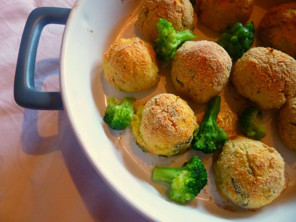 Polpette filanti di patate e gambi di broccoli