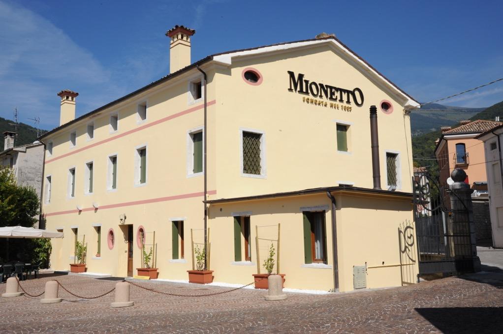 Mionetto protagonista della XVIII edizione di Vino in Villa