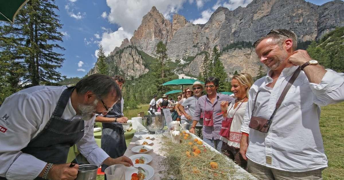 La Dolomitica il picnic più stellato d'Italia in Alta Badia
