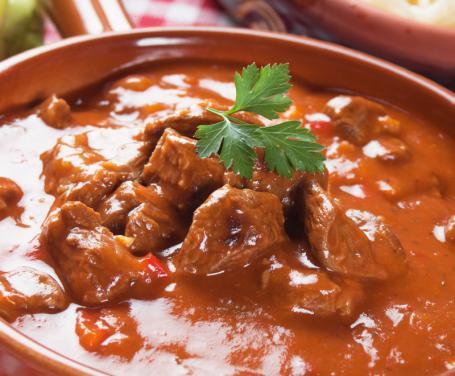 Gulasch di Bauer: il preparato per esaltare il gusto dei piatti di carne