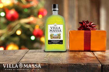 Brindare con classe al Natale con il Limoncello Villa Massa