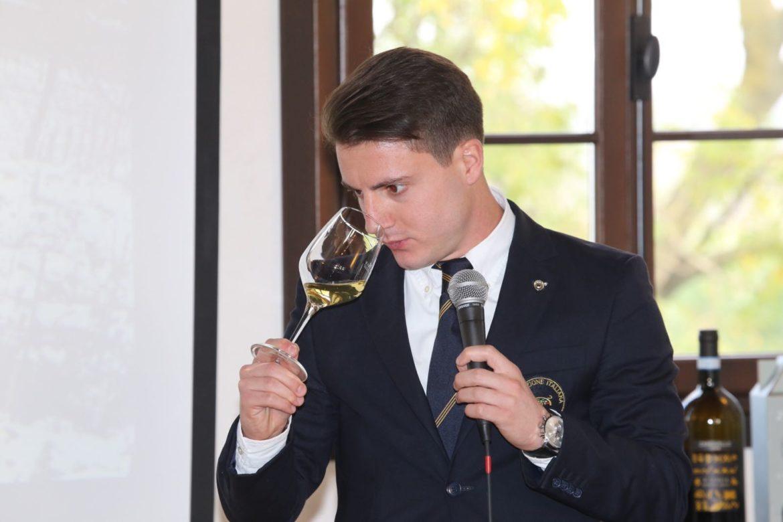 AIS Veneto e Riedel in una glass tasting dedicata alla scelta del bicchiere perfetto. Appuntamento mercoledì 17 gennaio al Novotel Venezia Mestre Castellana.