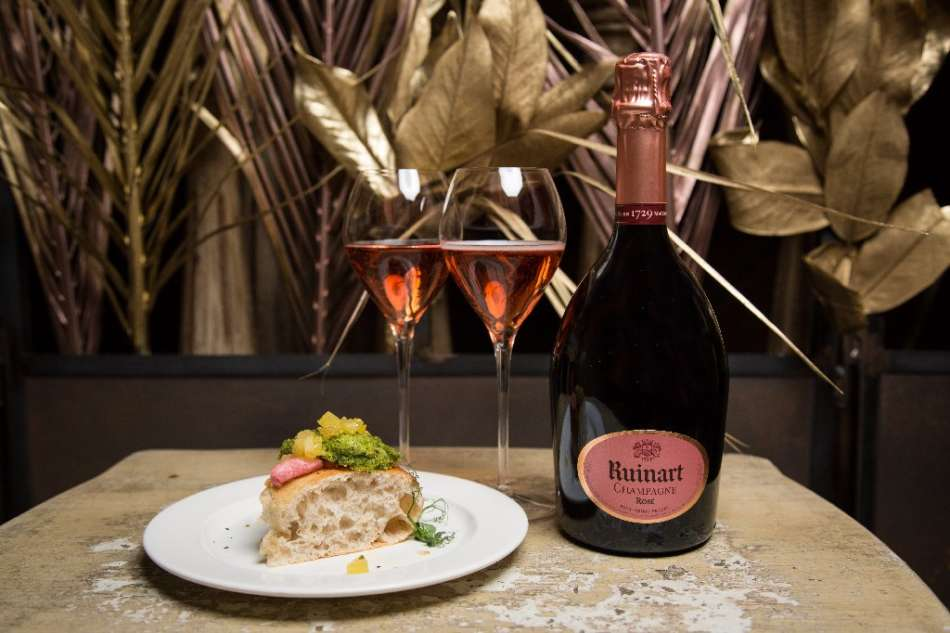 """""""Dare to be different"""" Ruinart Rosé & Pizza Gourmet"""