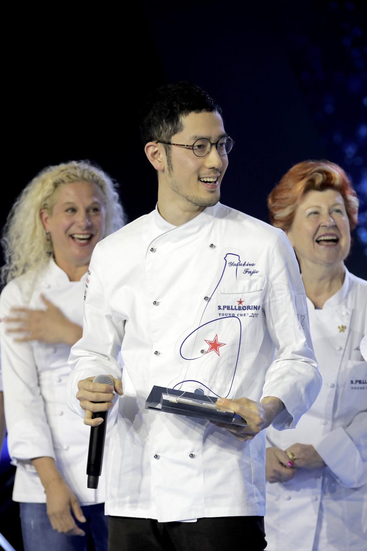 S.Pellegrino Young Chef assegna il podio del vincitore al giapponese Yasuhiro Fujio