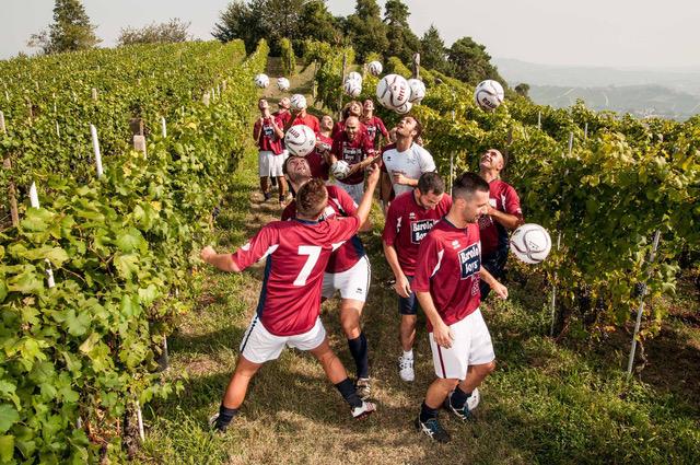 Barolo Boys ..in fuorigioco, la manifestazione enologica di Monforte d'Alba
