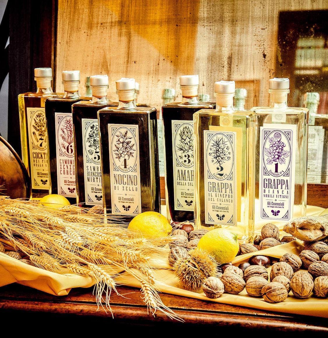 Gli Essenziali, liquori a base di erbe spontanee dell'Appennino Tosco-Emiliano