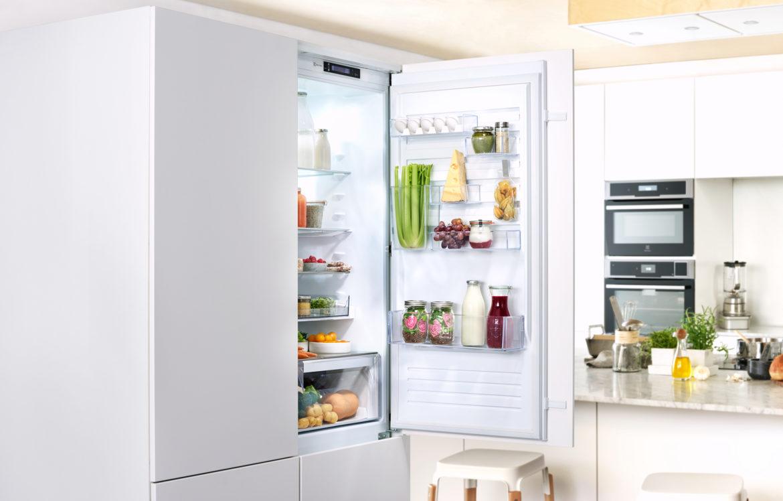 Cibi freschi e ben conservati con il frigocongelatore a incasso Multispace Customflex Electrolux