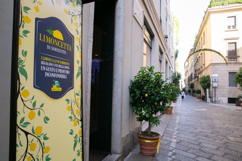 Quest'estate via Montenapoleone diventa #ViaDeiLimoni