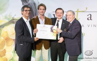 I vini Conti Zecca apprezzati dai critici più influenti e autorevoli