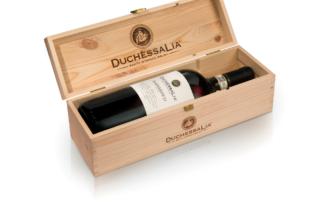 Magnum di Barbaresco DOCG firmato Duchessa Lia, un'elegante idea regalo per Natale