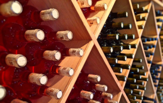 Sua maestà il vino: cinque curiosità (e un consiglio)