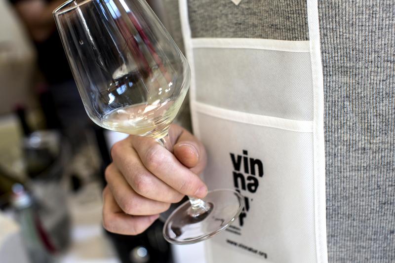 Vino naturale: a Vinnatur tasting arriva il nuovo magazine