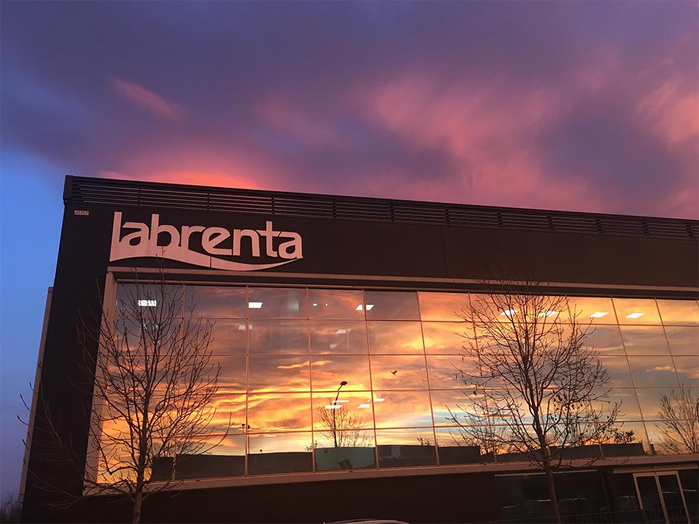 labrenta: nuovi reparti e fatturato in crescita all'insegna del green