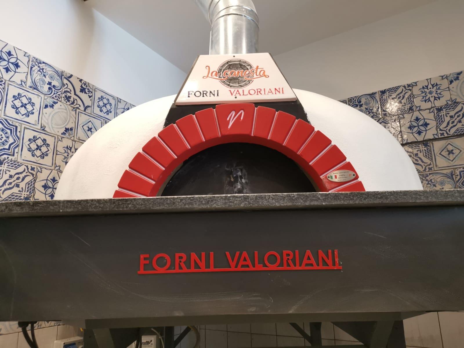 Inaugurata La Canesta pizzeria bistrot di Castellammare di Stabia