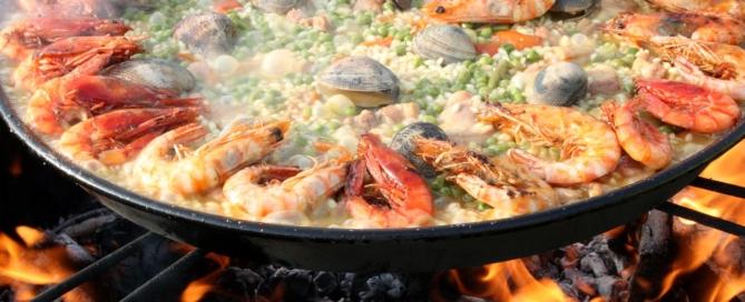 Paella: oggi è la giornata mondiale del piatto spagnolo