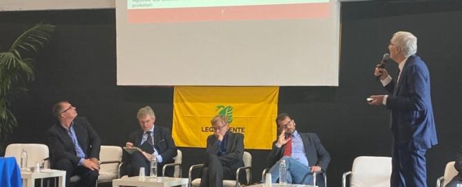 Forum di Agroecologia di Legambiente: l'invito di Andrea Rigoni a difesa dell'ambiente e delle api