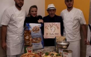 Due Testa e un Capo Tosta per la nuova pizzeria di Pianura