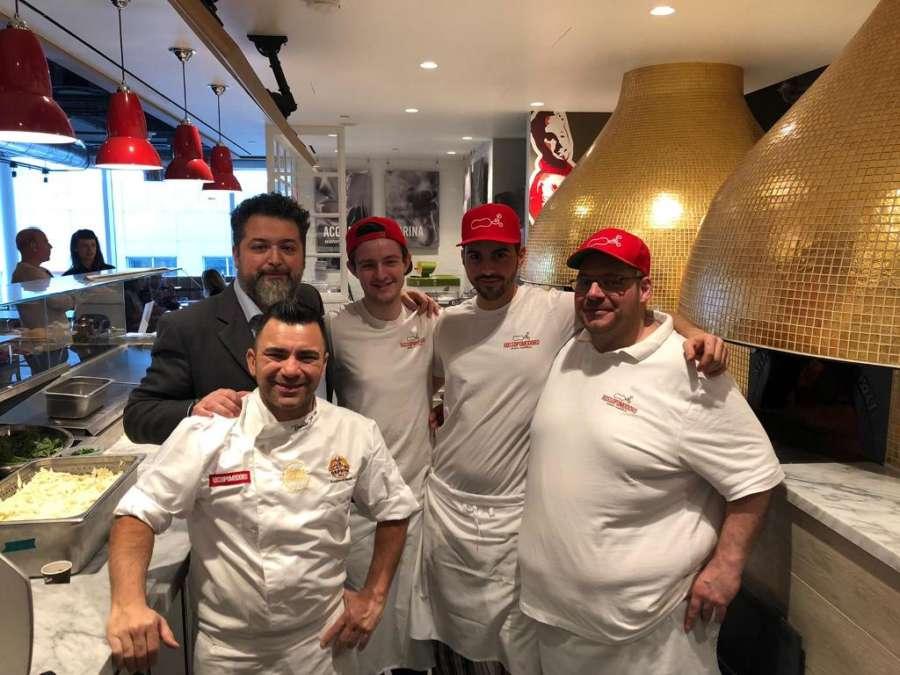 Rossopomodoro: la pizza napoletana arriva anche in Canada grazie a Eataly