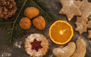 Biscotti natalizi farciti a piacere