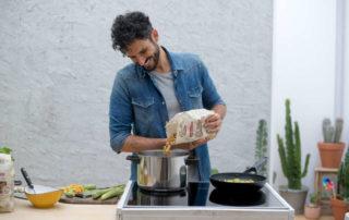 Granoro e lo chef Marco Bianchi lanciano Momenti di Pasta