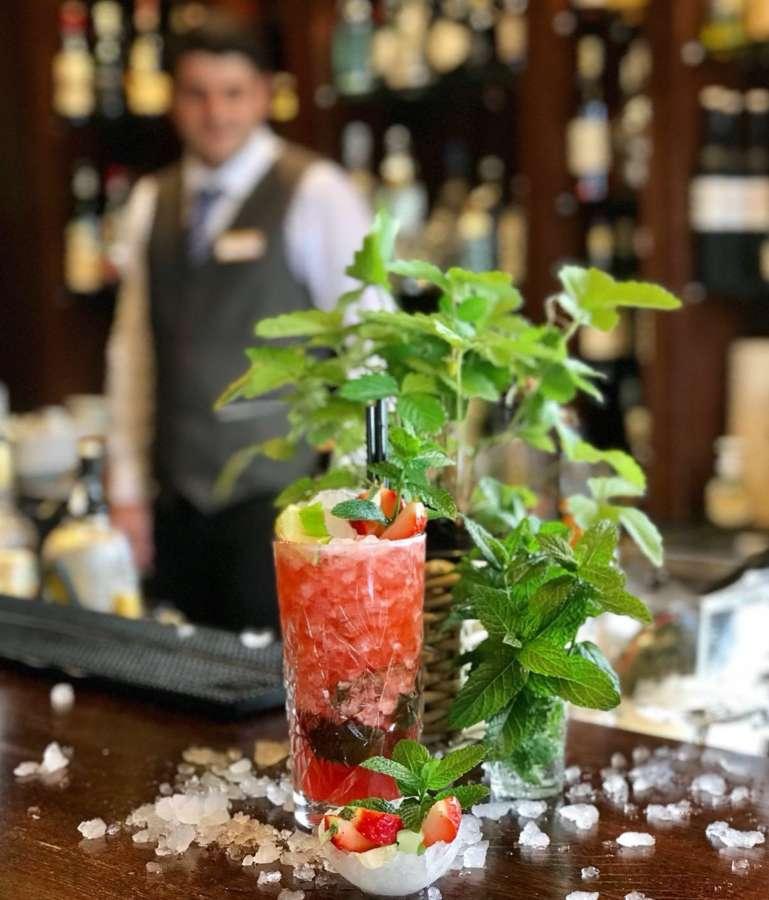 Cocktail esclusivi da preparare a casa e i consigli dei bartender più famosi