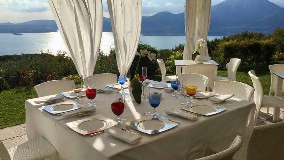 La Casa degli Spiriti sul Lago di Garda compie 25 anni